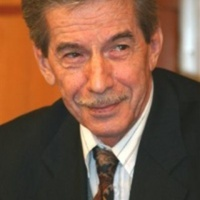 Михайлов Виктор