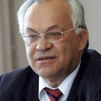 Кулаков Геннадий